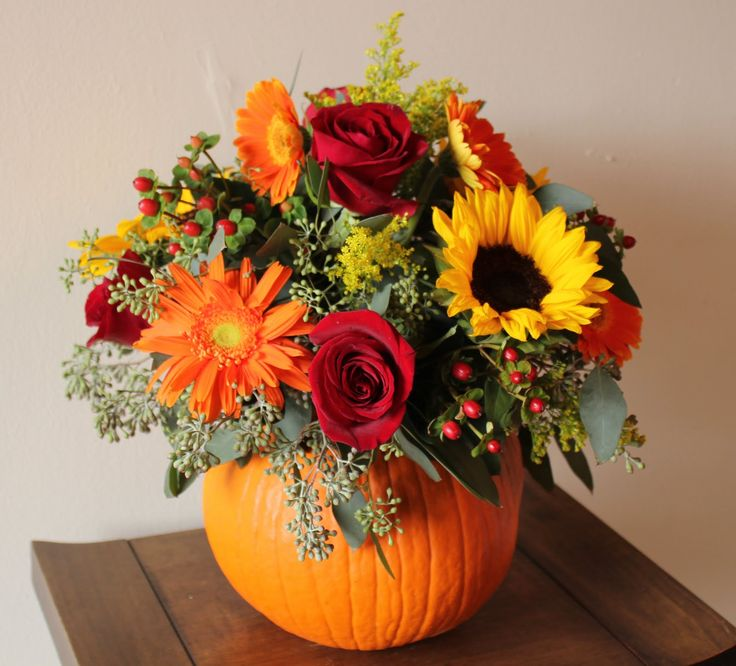 pumpkin floral fall mantel decoration
